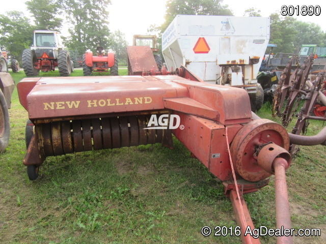 New Holland 269 Square Baler - Small